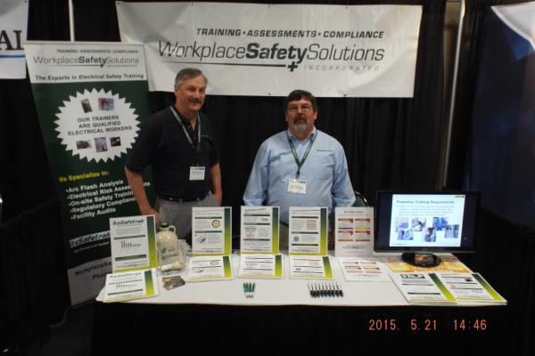 Barry Donovan and Eric Fleming at the VT Business Expolarge_vt-expo-2015-booth-barry&eric